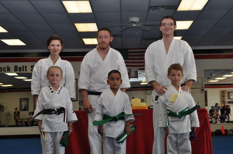 karate-graduation-2015-06-12_002