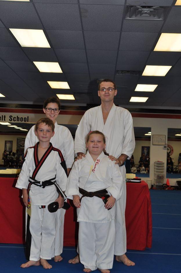 karate-graduation-2015-10-09_006