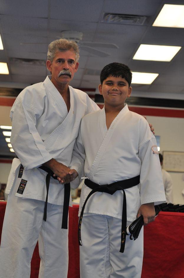 black-belt-graduation-2015-10-03_011