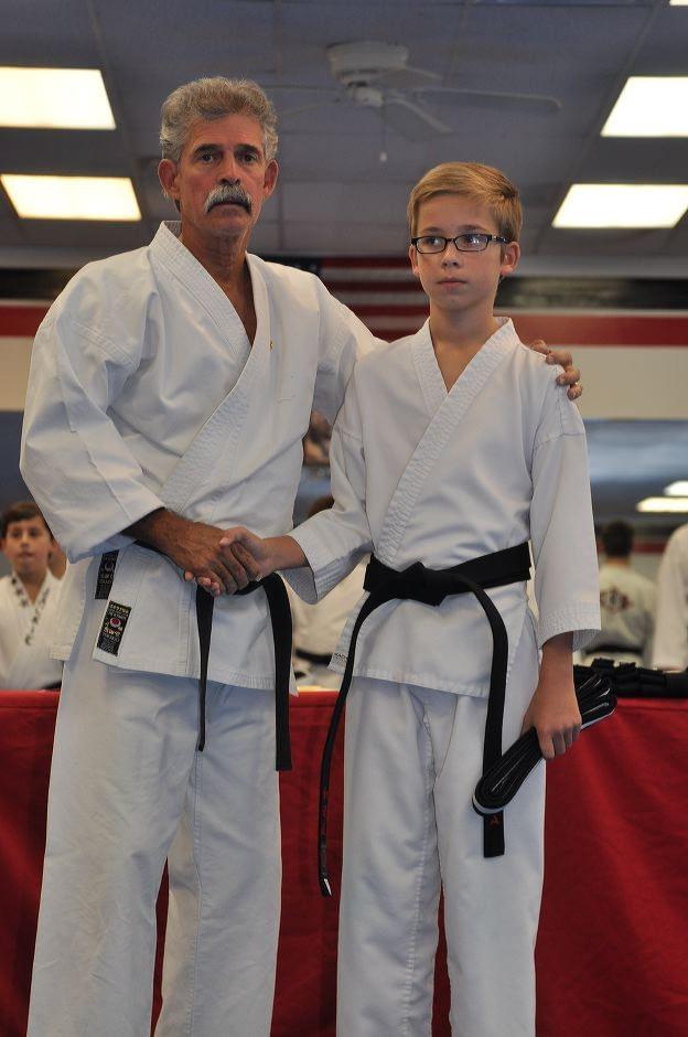 black-belt-graduation-2015-10-03_005