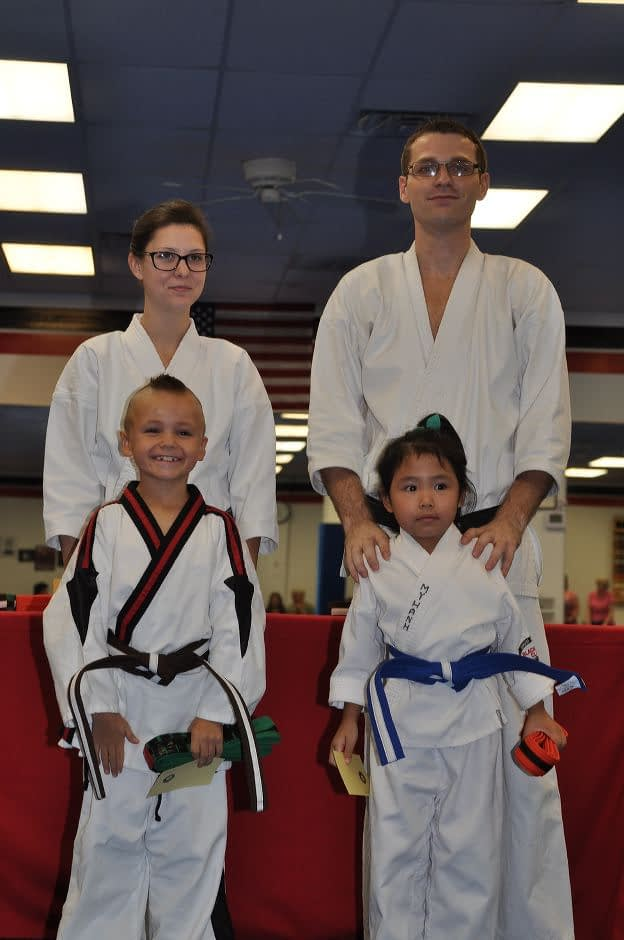 karate-graduation-2015-10-09_011