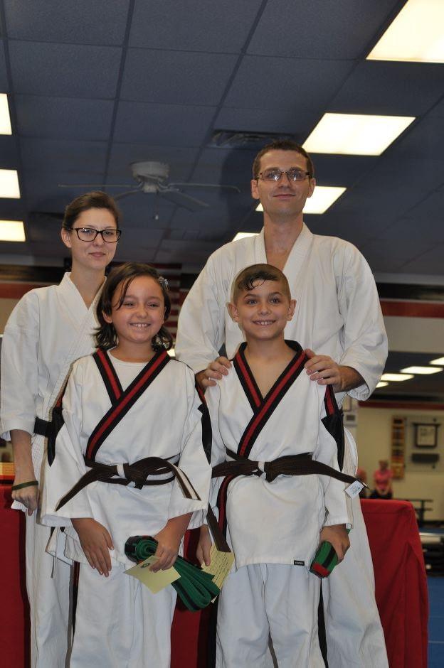 karate-graduation-2015-10-09_012