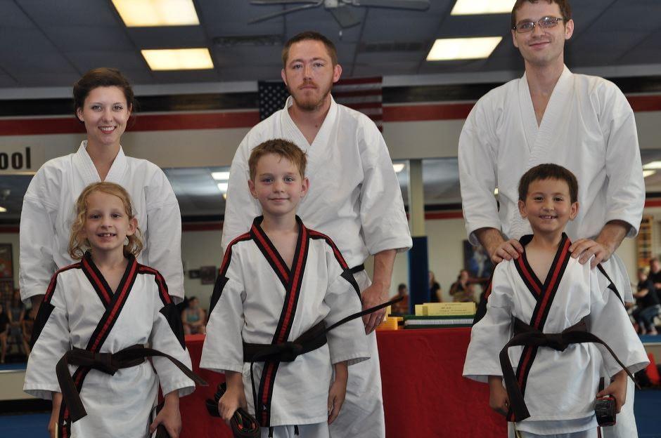 karate-graduation-2015-06-12_003