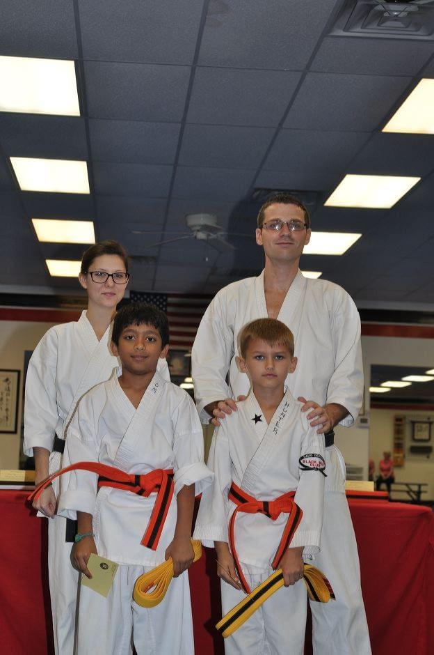 karate-graduation-2015-10-09_009