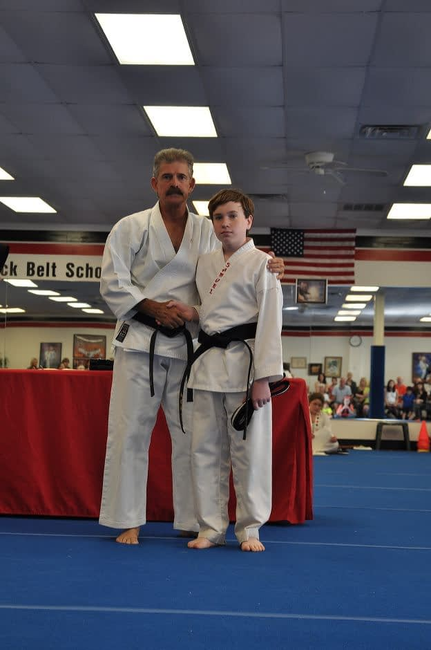 black-belt-graduation-2015-05-09_014