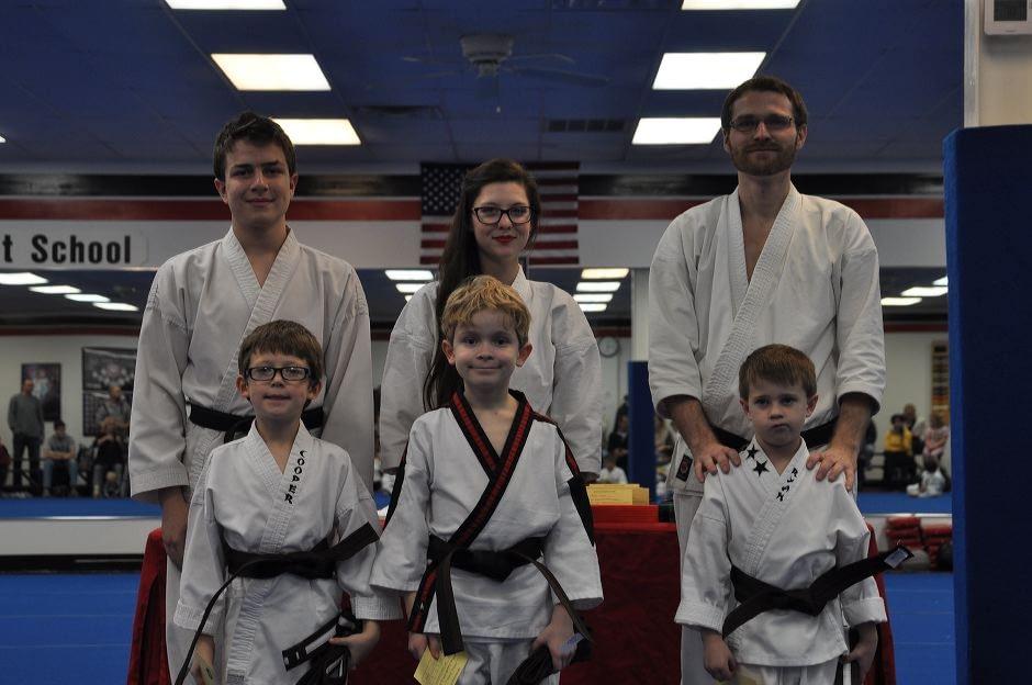 karate-graduation-2016-01-15_004