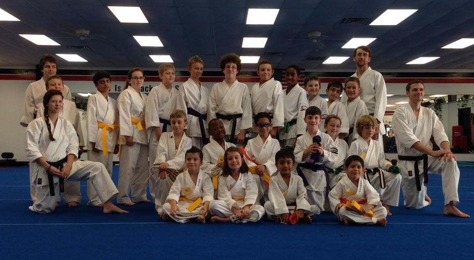 karate-graduation-2014-06-13_12
