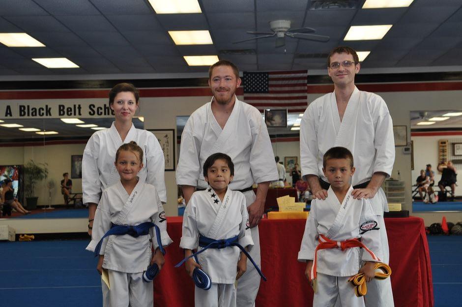 karate-graduation-2015-06-12_001