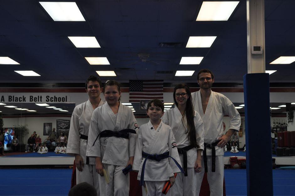 karate-graduation-2016-01-15_013