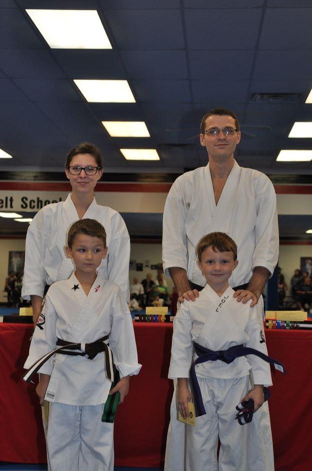 karate-graduation-2015-10-09_005