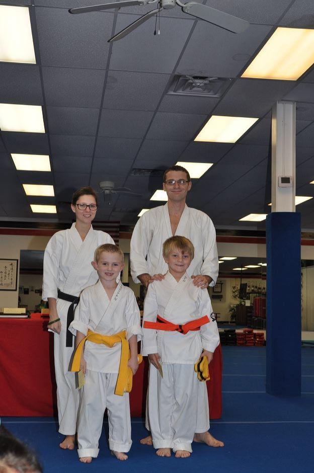 karate-graduation-2015-10-09_008