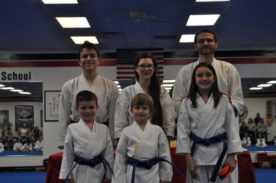 karate-graduation-2016-01-15_009
