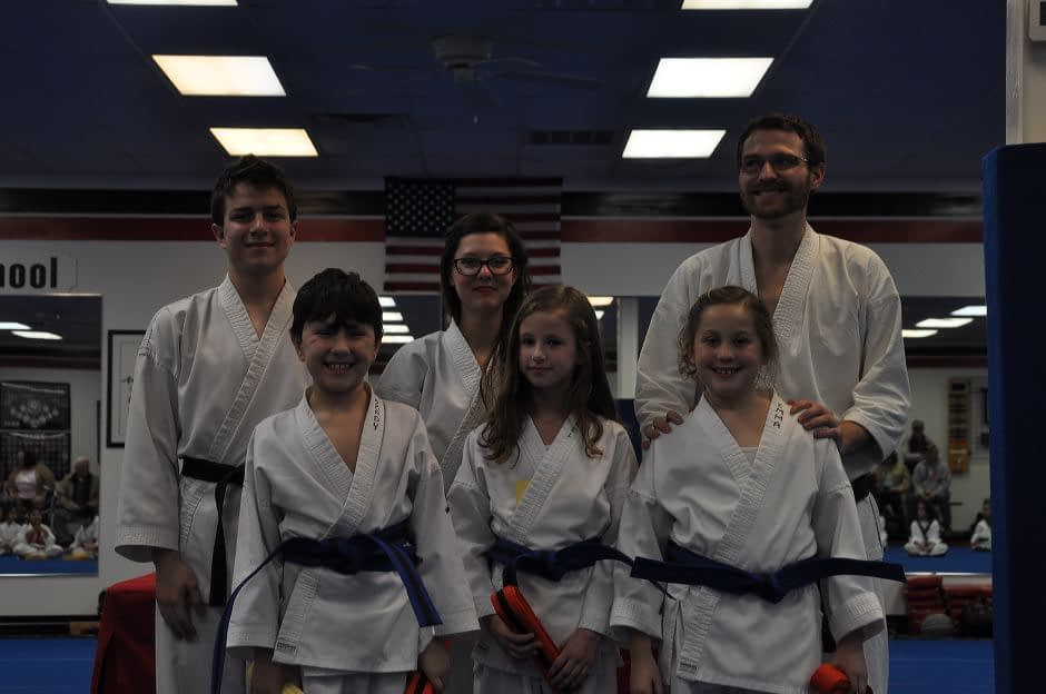 karate-graduation-2016-01-15_012