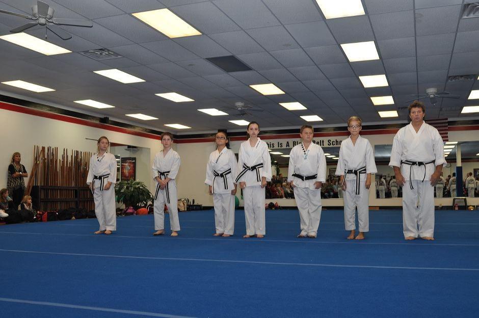 black-belt-graduation-2015-10-03_000
