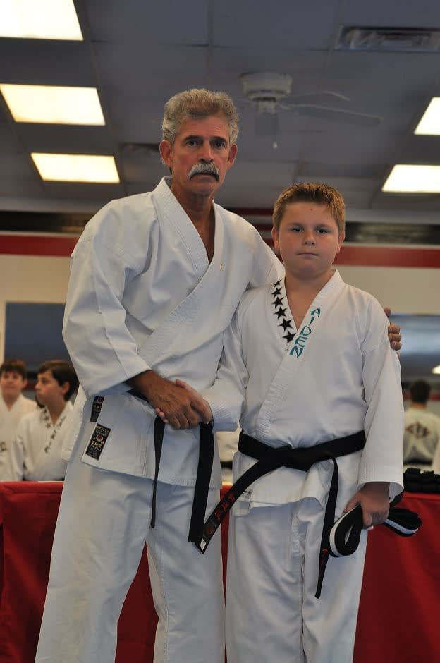 black-belt-graduation-2015-10-03_009