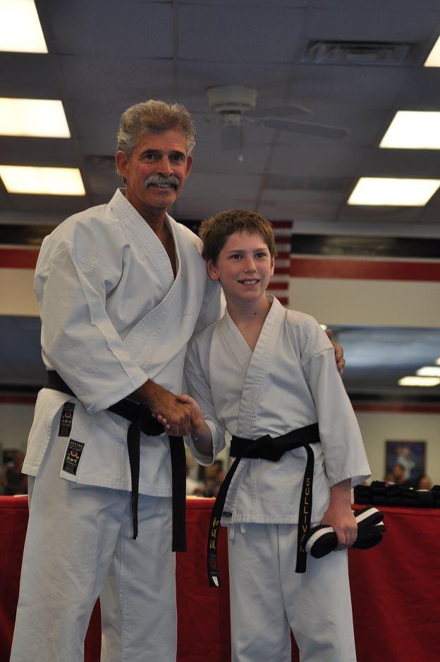 black-belt-graduation-2015-10-03_013