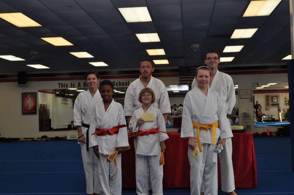 karate-graduation-2015-06-12_005