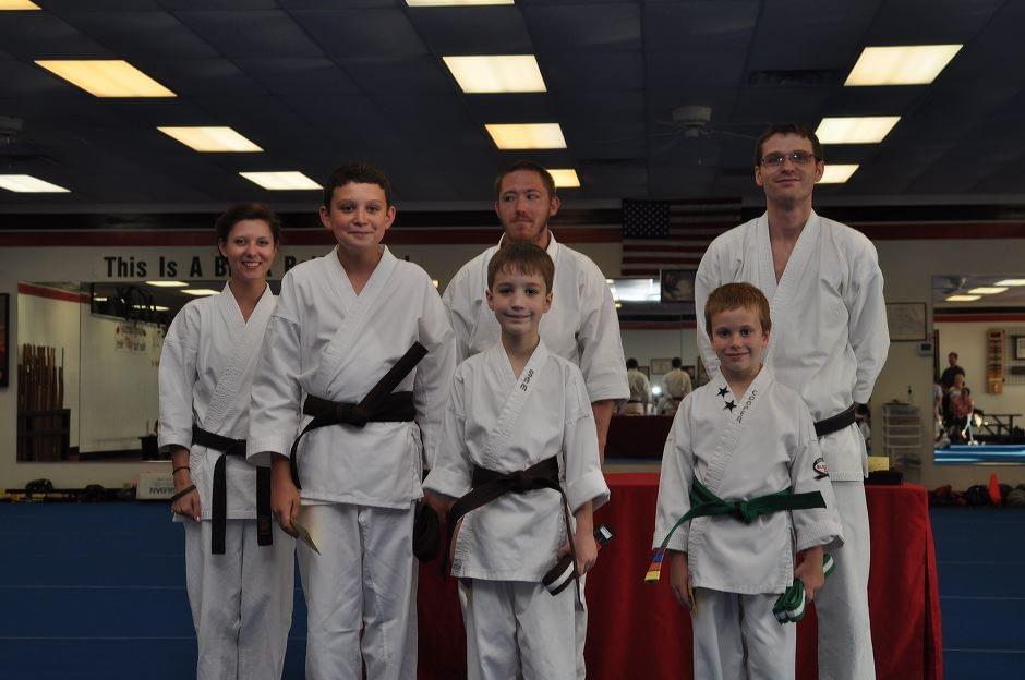 karate-graduation-2015-06-12_008