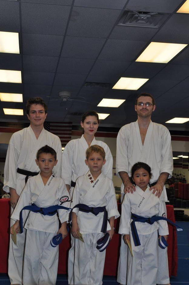 karate-graduation-2015-12-11_004