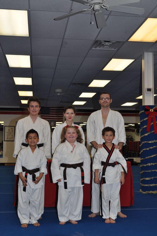 karate-graduation-2015-12-11_006