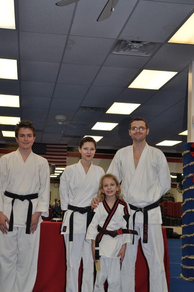 karate-graduation-2015-12-11_007