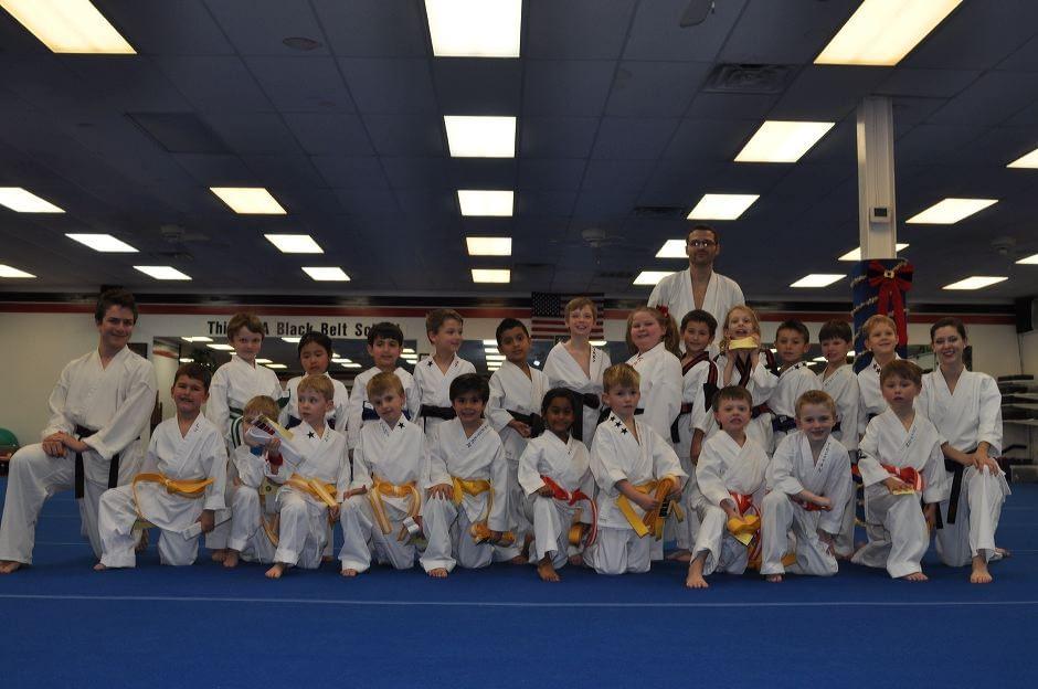 karate-graduation-2015-12-11_009