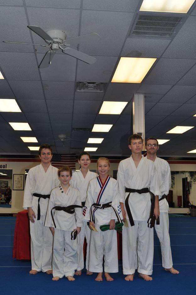 karate-graduation-2015-12-11_013